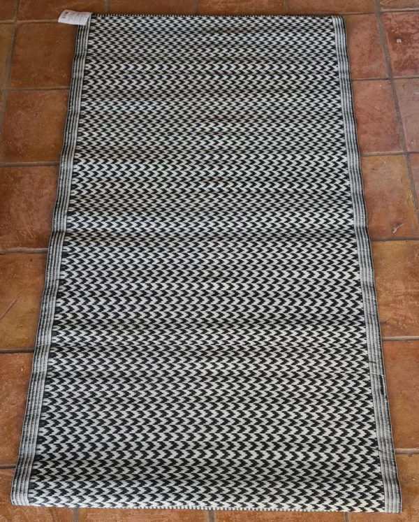 Dark Grey 100% Recycled Polypropylene Rug